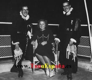 TunaEspaña Hermanos Morales Junto a la Madrina  Julia Serra 1941