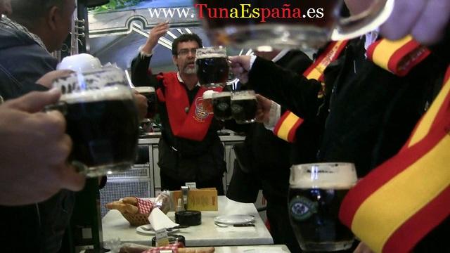 01-Tuna-España-Viena-El-Prater-1-Brindis
