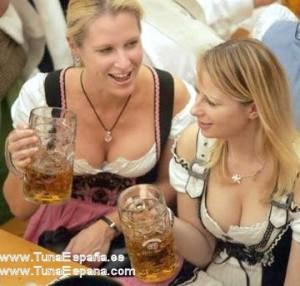 Arte-del-AGACHEchicas-cerveza-alemania-agua